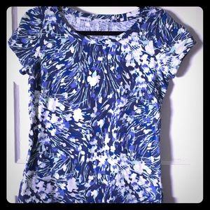 Blue flowered Lands End stretch shirt XS